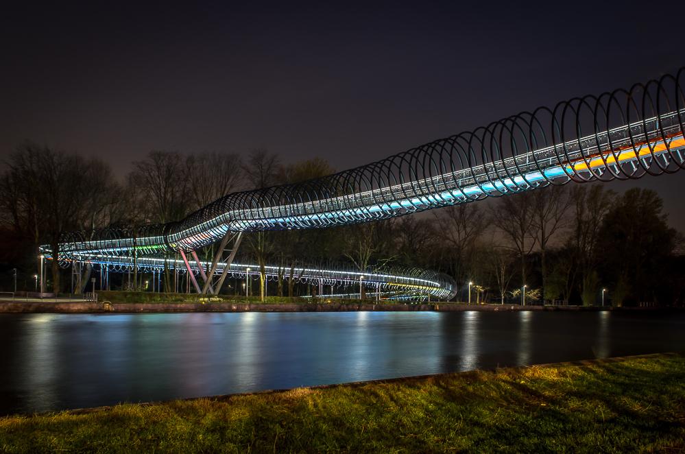Slinky Bridge III