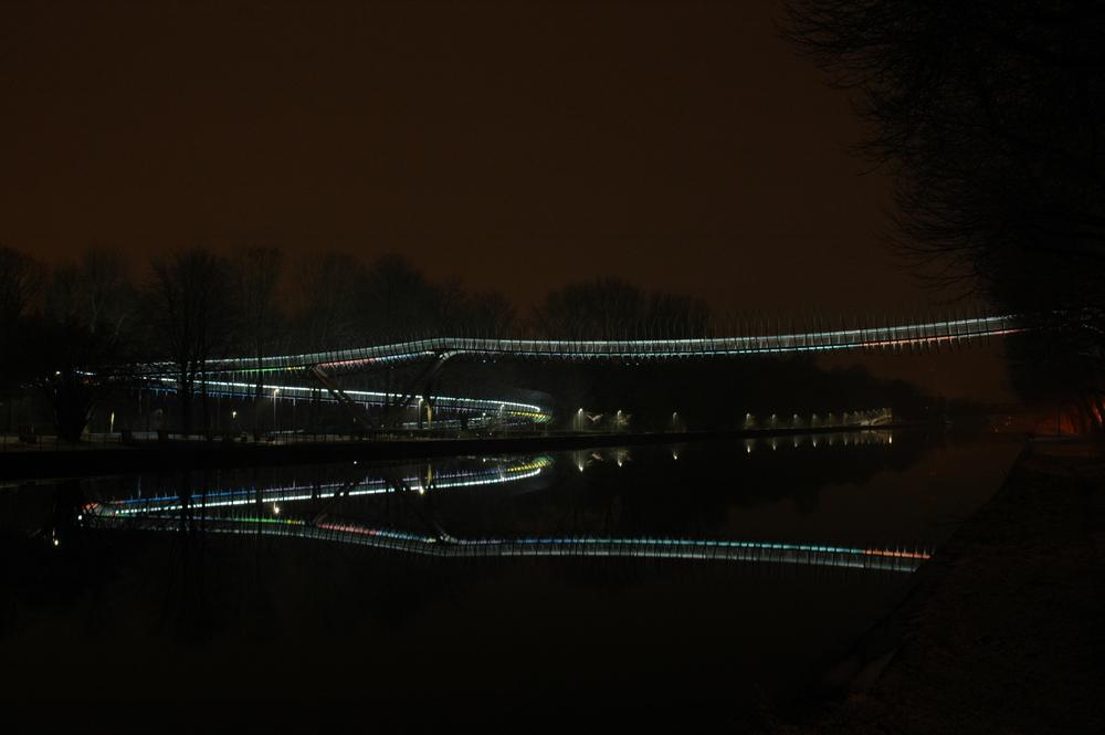 Slinky Bridge NRW Oberhausen Kaisergarten 001