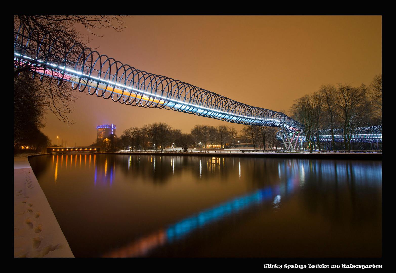 Slinky Springs Brücke am Kaisergarten in Oberhausen