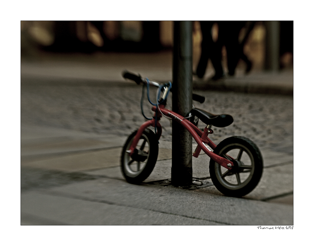 [ small bicycle ]