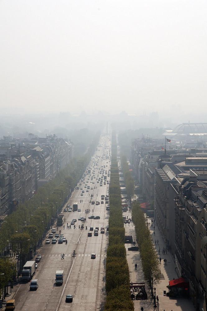 Smog über Paris
