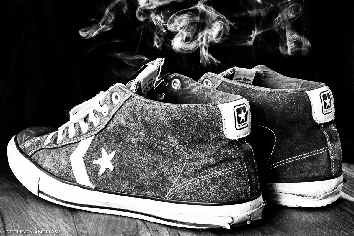 Smoking Converse Chucks