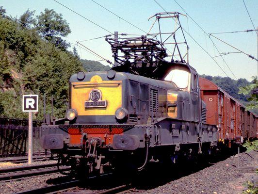 SNCF, BB-12049 près de Longuyon sur la ligne Valenciennes-Thionville