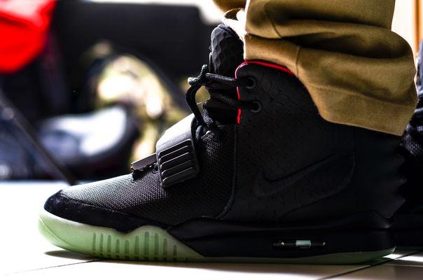 ~ SneakerLove - Nike Air Yeezy 2 black/solar red on Feet 2 ~