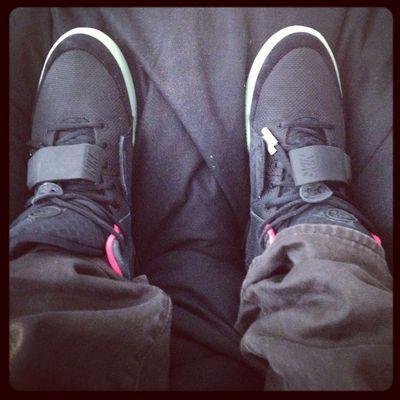 ~ SneakerLove - Nike Air Yeezy 2 black/solar red on Feet ~