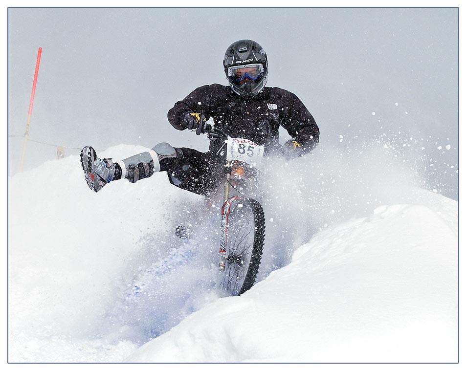 Snowdownhill