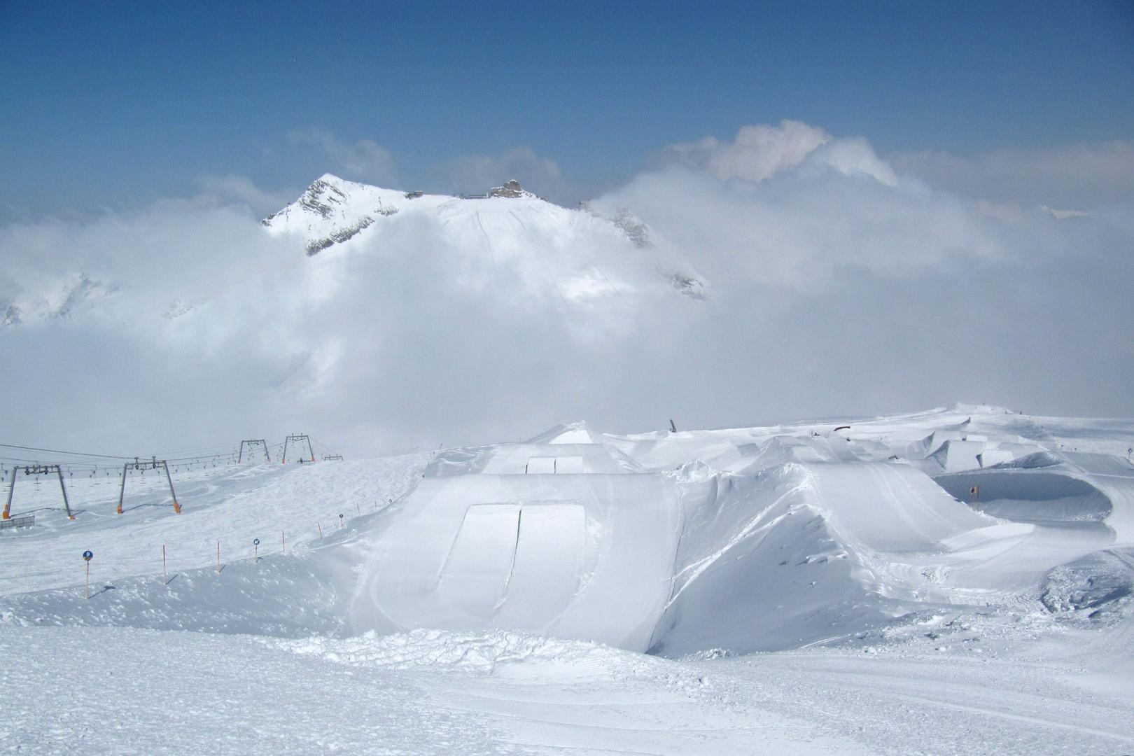 Snowpark zwischen Olperer und Gefrorener Wand