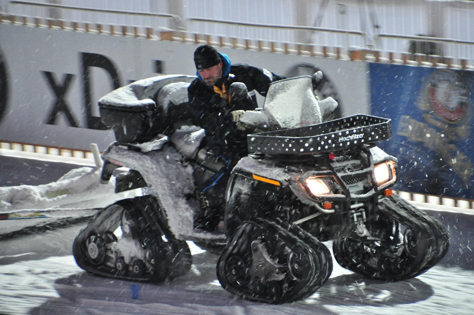 Snowquad mit Kettenantrieb