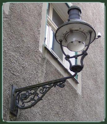So leuchtets in der Milchgasse in Passau