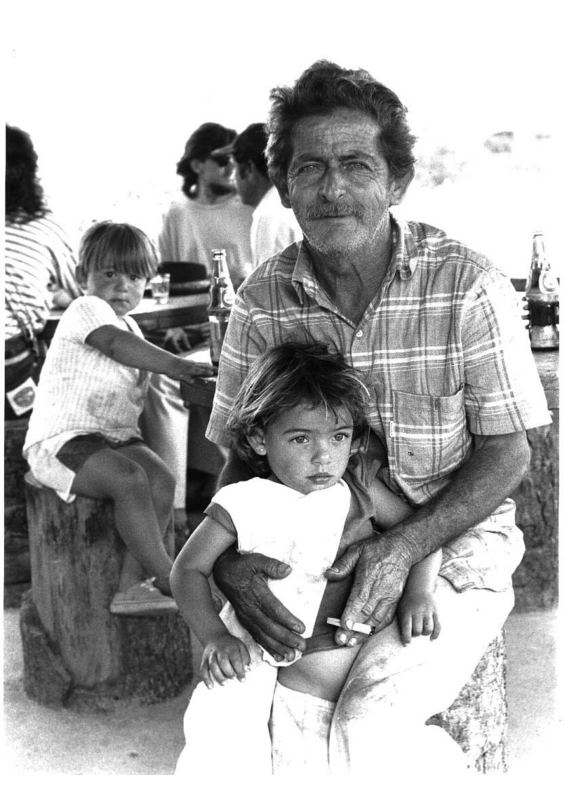 Sô Pedro & grandchildren