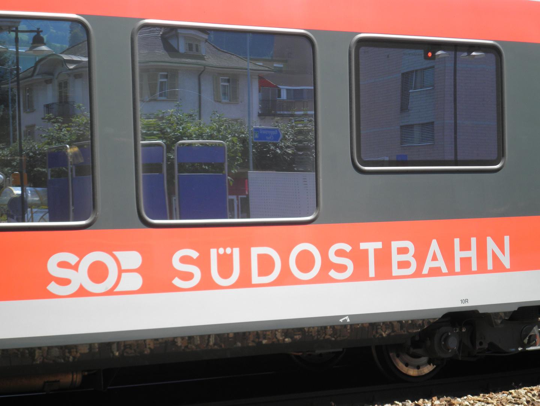 SOB - Südostbahn im Bahnhof Pfäffikon ( SZ )