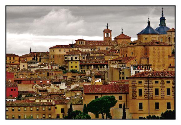 Sobre los tejados de Toledo.