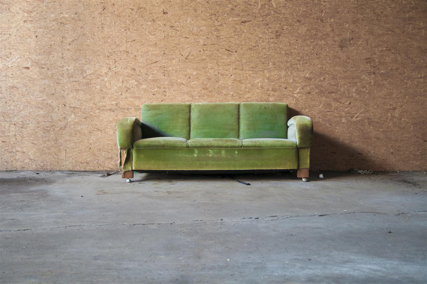 sofa gebraucht foto bild m bel sitzm bel alltagsdesign bilder auf fotocommunity. Black Bedroom Furniture Sets. Home Design Ideas