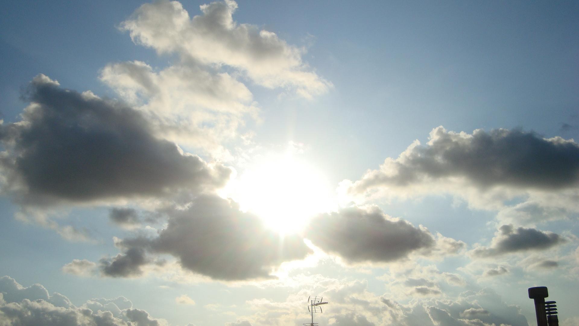 sol y nuves