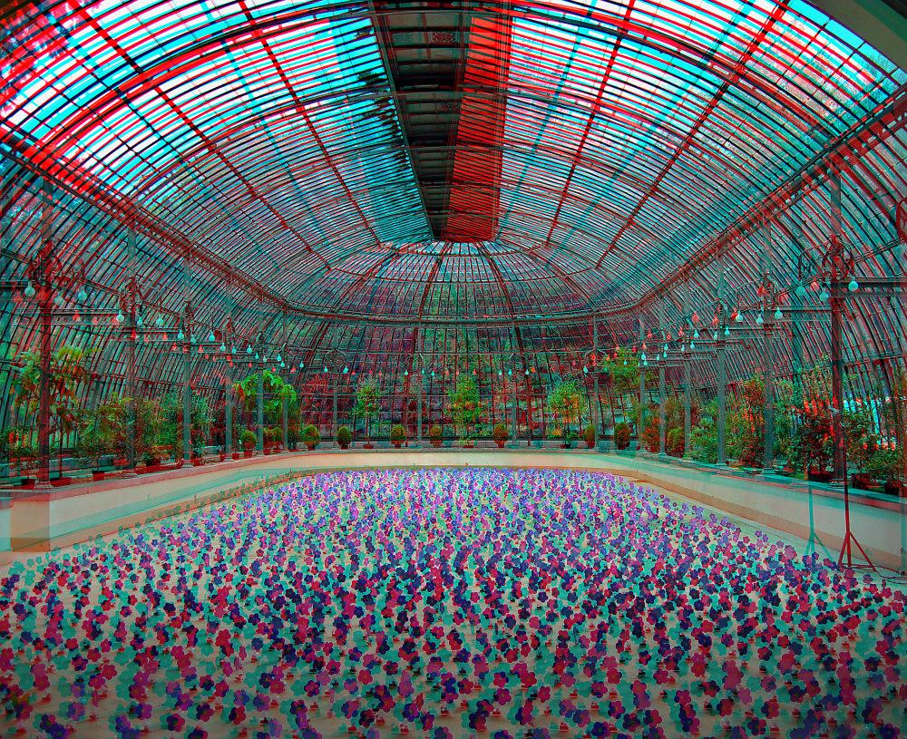 Solarinstallation (3D-Bild mit Rot/Cyan-Brille betrachten)