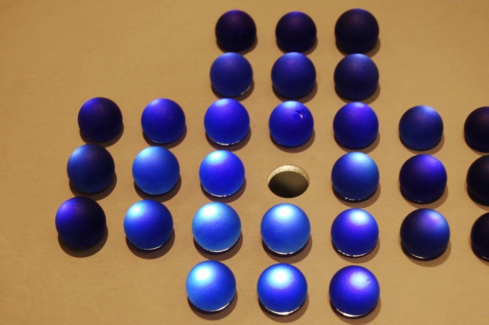 Solitär in blau