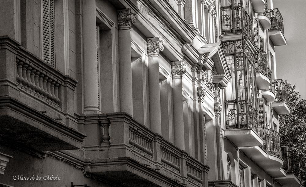 ...solo balcones...