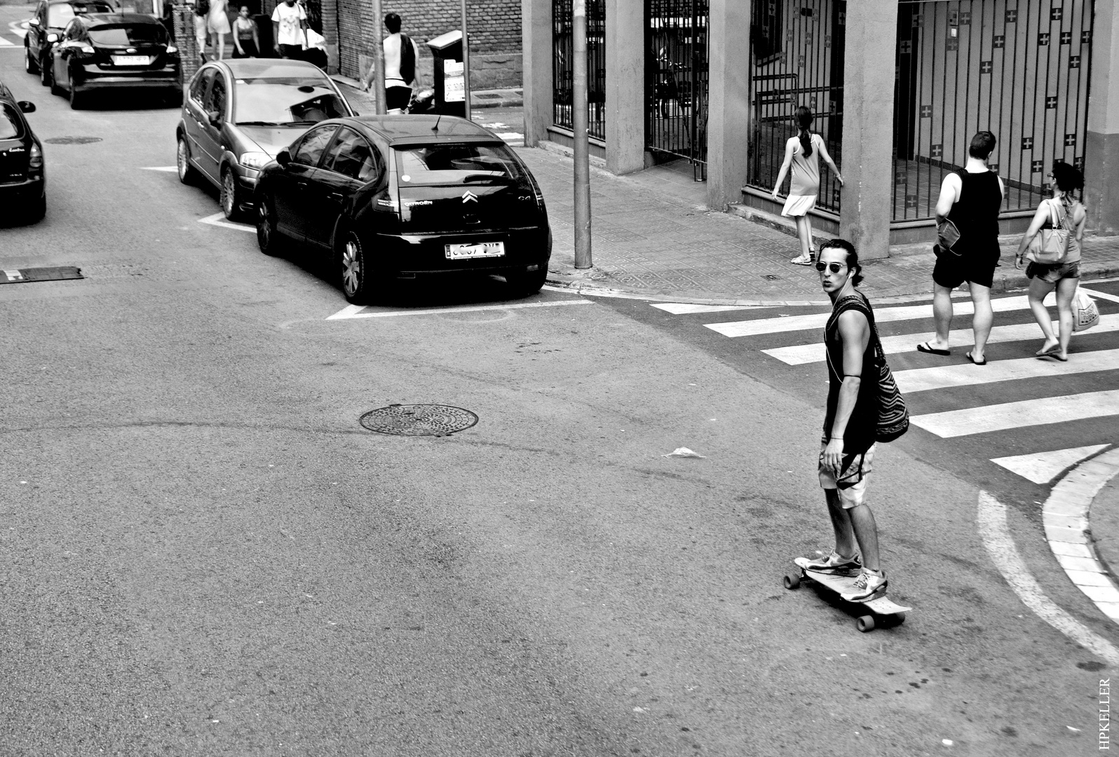 Some days ago in Barcelona, ...cooler skater on the way to the beach.
