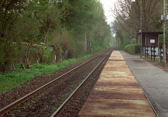 Sometimes the train stops here (2)