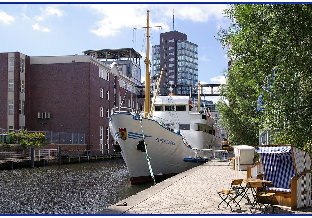 Sommer im Harburger Hafen