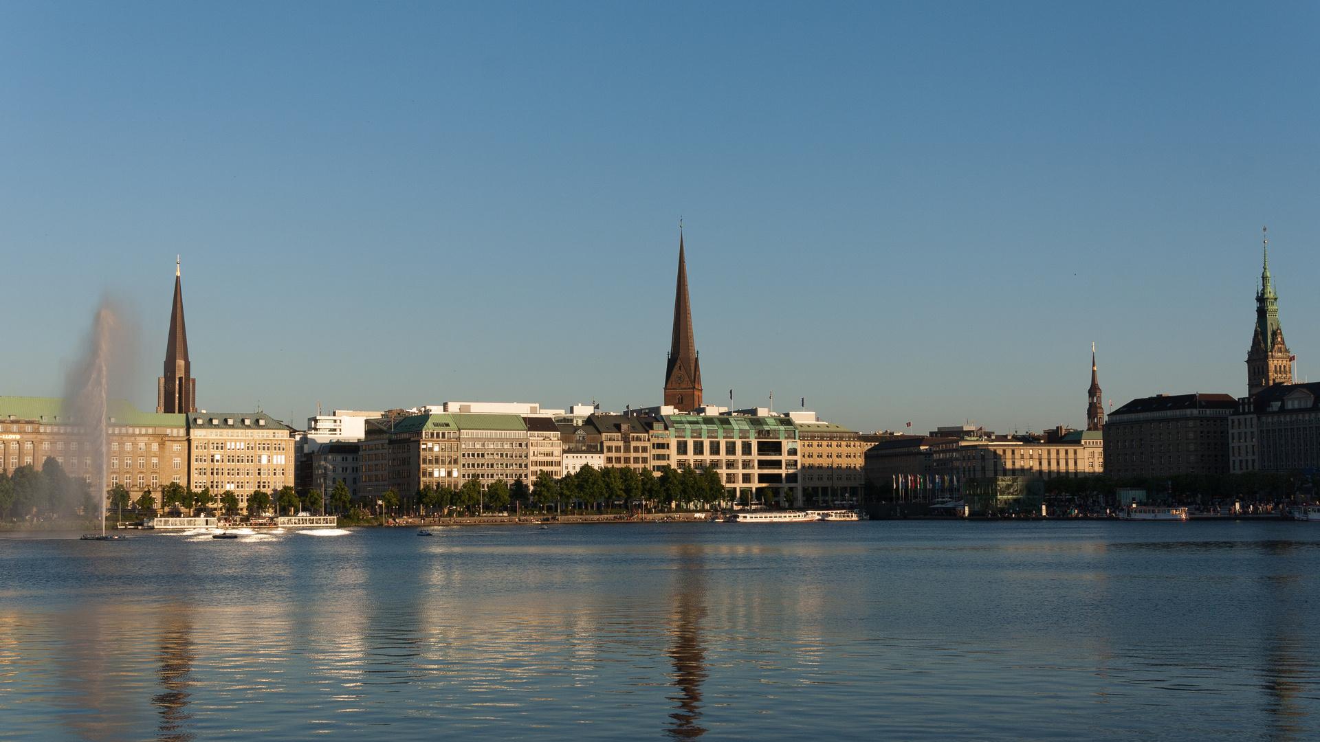 Sommerabend an der Alster, Hamburg