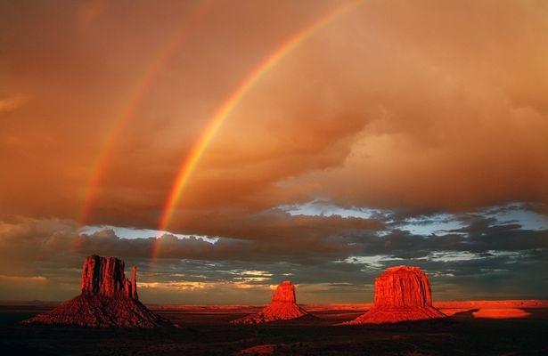 Sommergewitter im Monument Valley