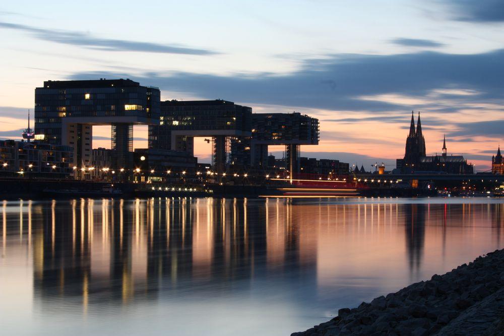 Sommernacht in Köln von Heike Skamper