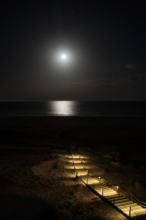 - Sonne in der Nacht -