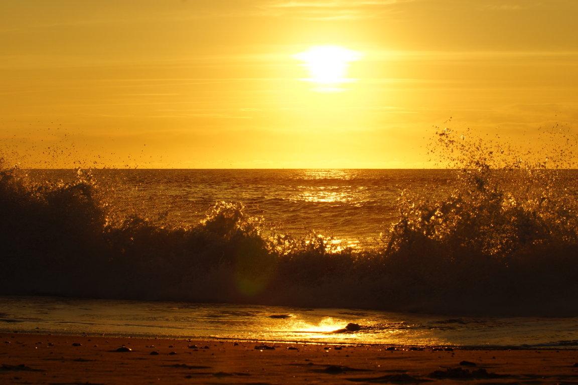 Sonne - Meer - Welle - Gischt