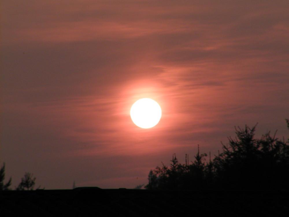 Sonne nimmt Abschied vom Tag