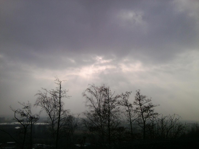 Sonne scheint hindurch