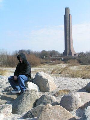 Sonne, Strand, Steine