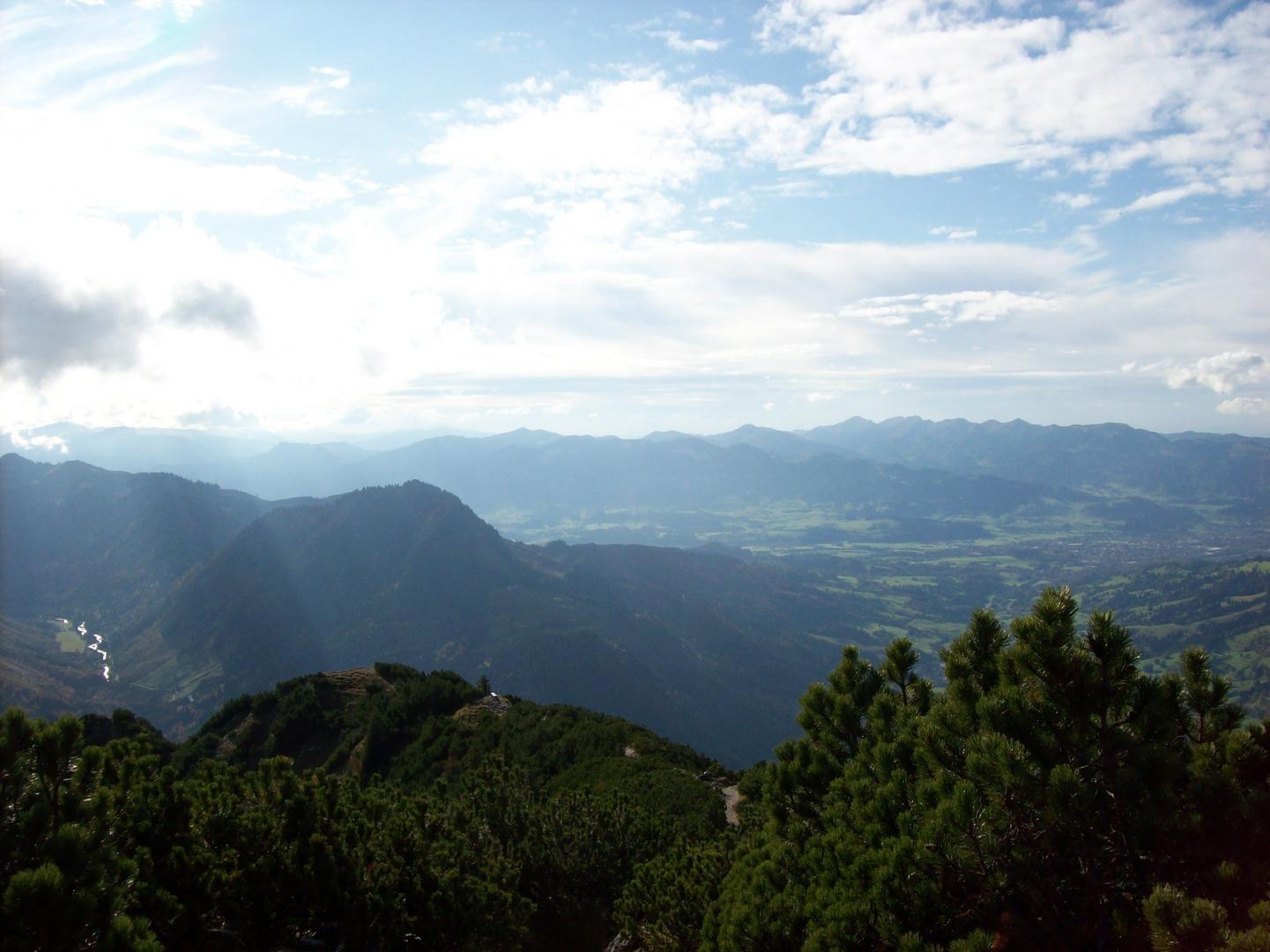 Sonne und Berge