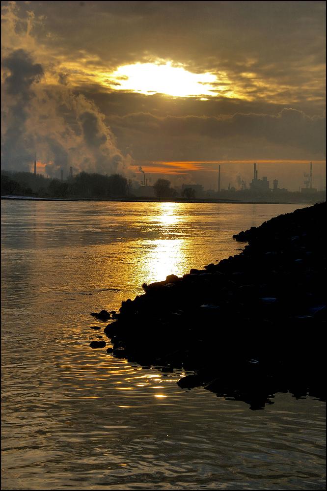 Sonne und Industrie