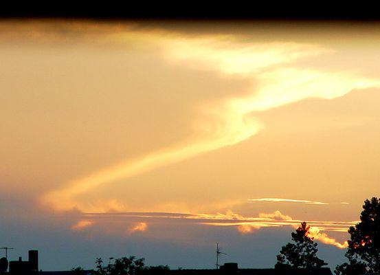 Sonne und Wolken am Abend