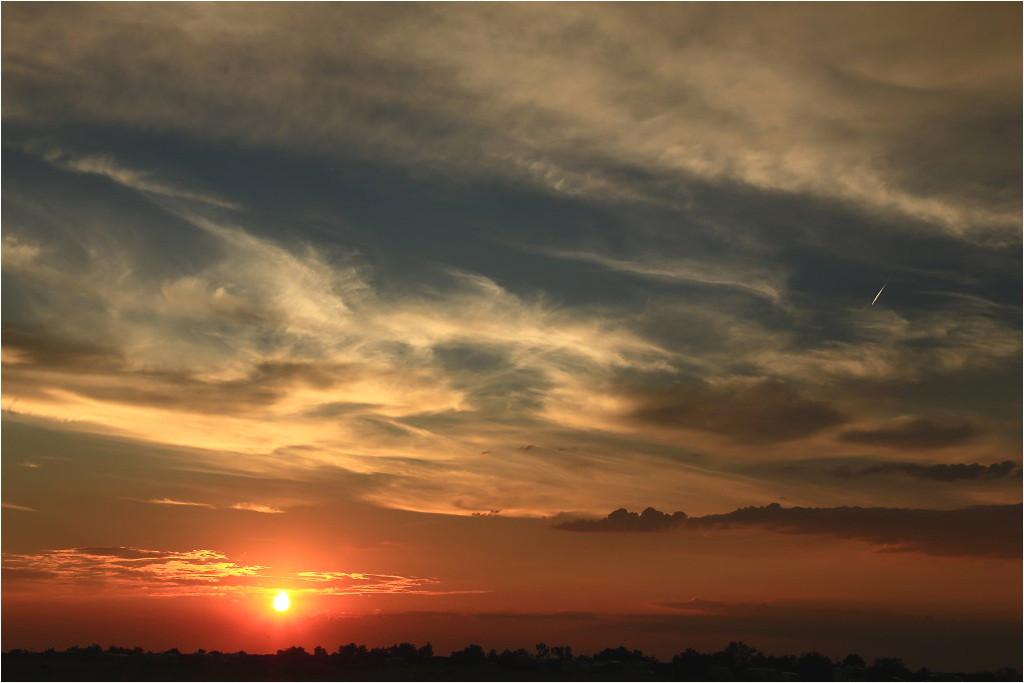 Sonnen- und Kometenuntergang I