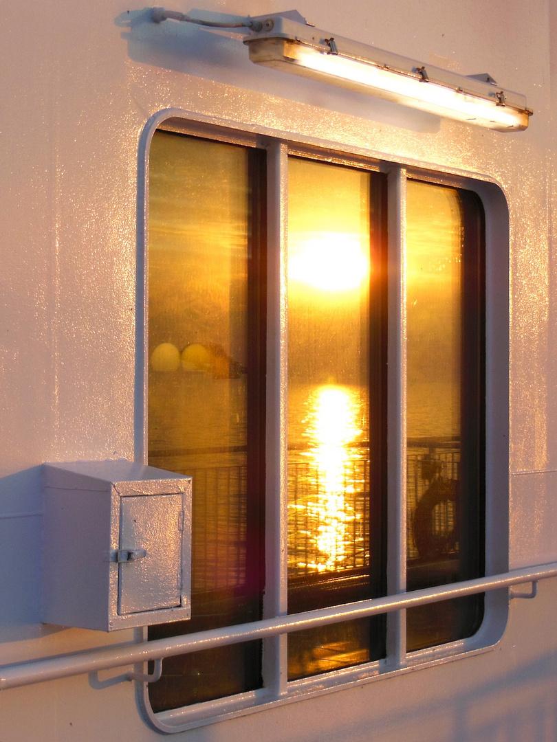 Sonnenaufgang als Spiegelbild