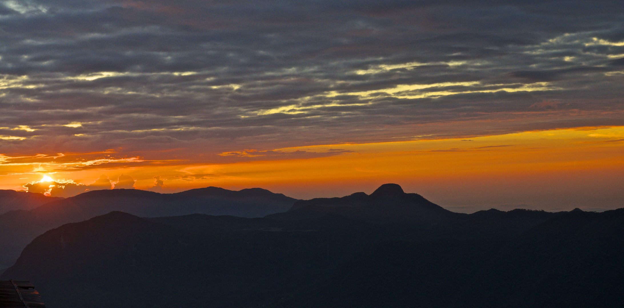 Sonnenaufgang am Adams Peak