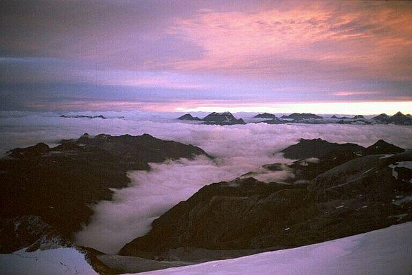 Sonnenaufgang am Bishorn auf über 4000m