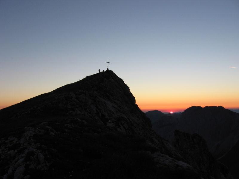 Sonnenaufgang am Brandstein (2003m)