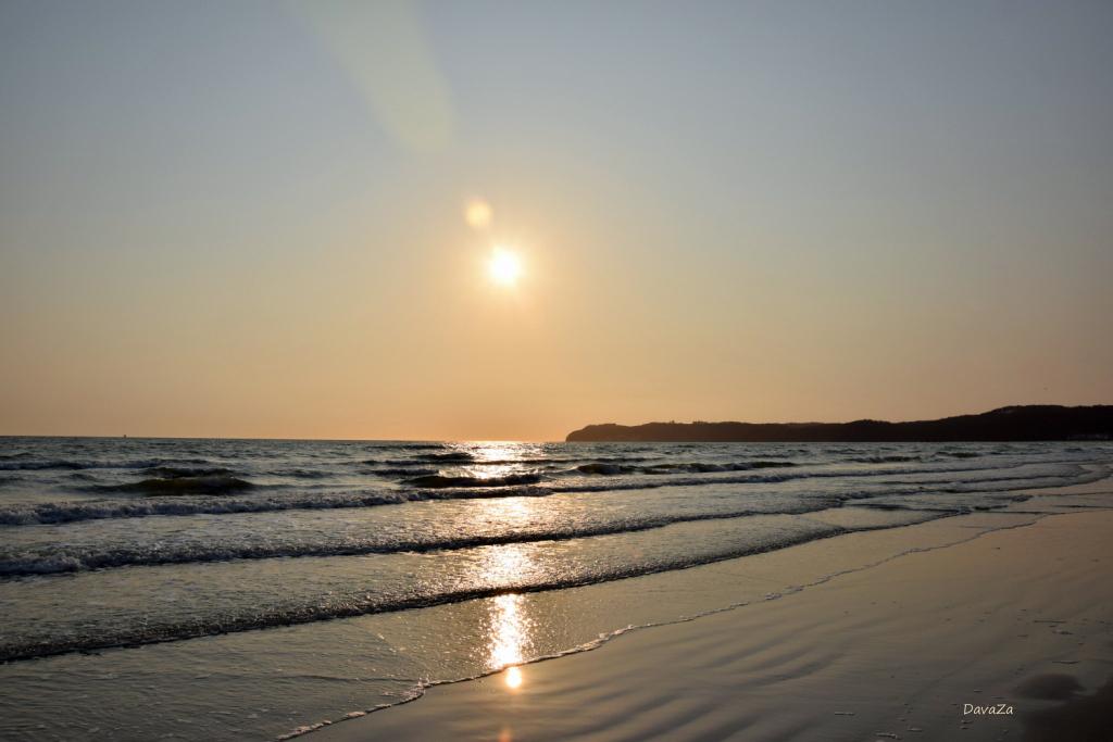 Sonnenaufgang am Meer 2