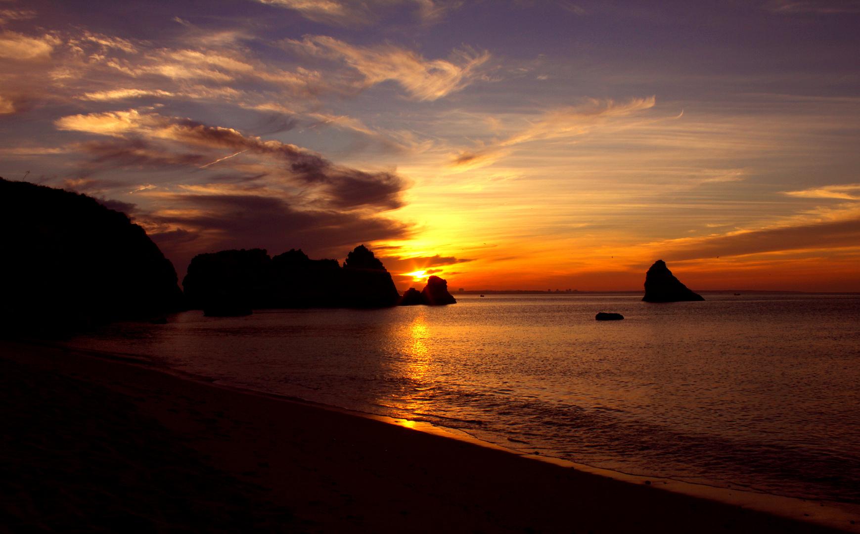 Sonnenaufgang am Mittelmeerküste