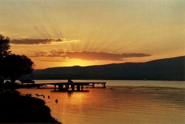 Sonnenaufgang am Okanagan Lake