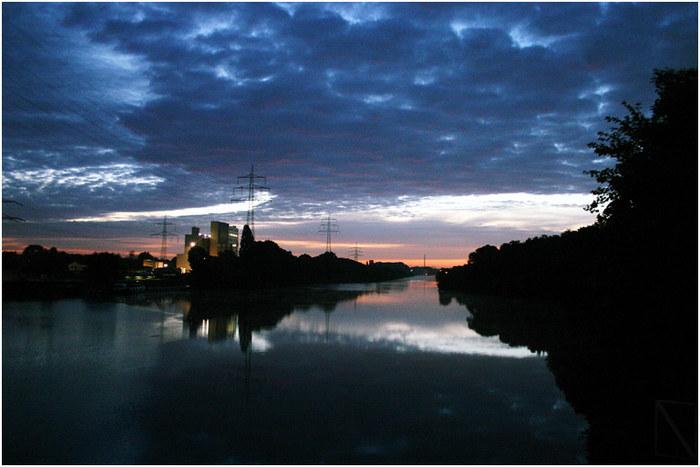 Sonnenaufgang am Rhein-Herne-Kanal Hafen Recklinghausen