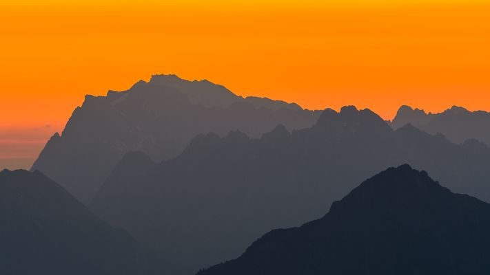 Sonnenaufgang am Schönjoch I