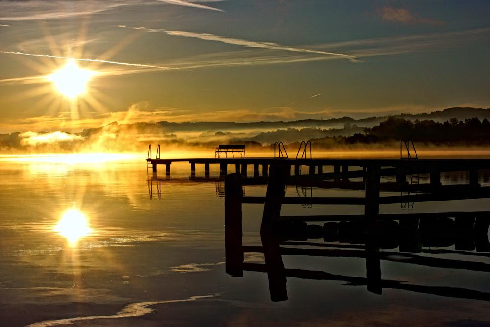 Sonnenaufgang am Wallersee