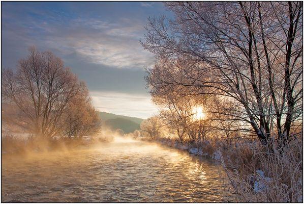 Sonnenaufgang an der Eder