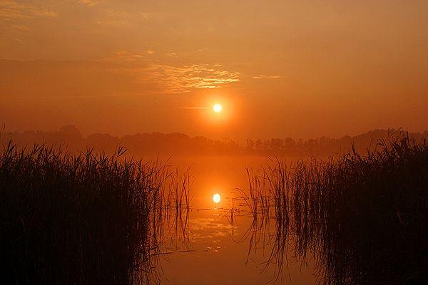 Sonnenaufgang an einem mecklenburgischen See