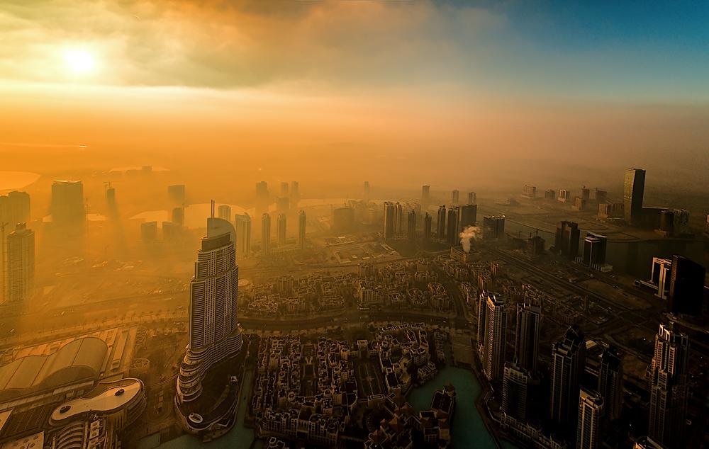 Sonnenaufgang auf dem Burj Khalifa