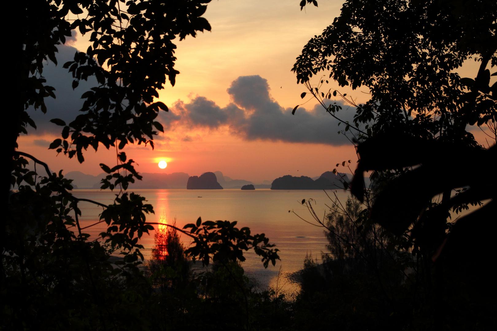 Sonnenaufgang auf Koh Yao Noi, Thailand